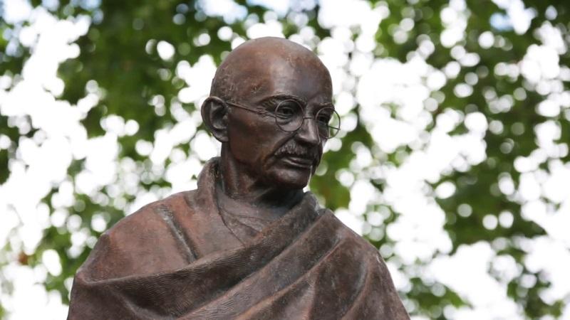 Mohandas Karamchand Gandhi (kuva 1)